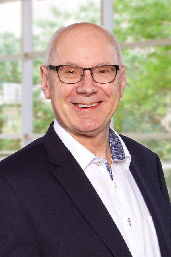 Helmut_Koesjan